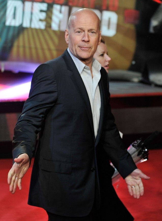 Bruce Willis apologises for One Show and admits I was boring