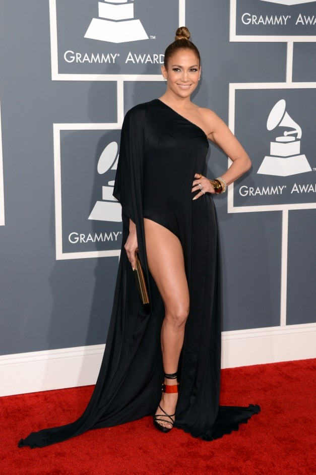 Grammys: Jennifer Lopez opts against 'flesh ban' as she pulls an 'Angelina Jolie' on the red carpet