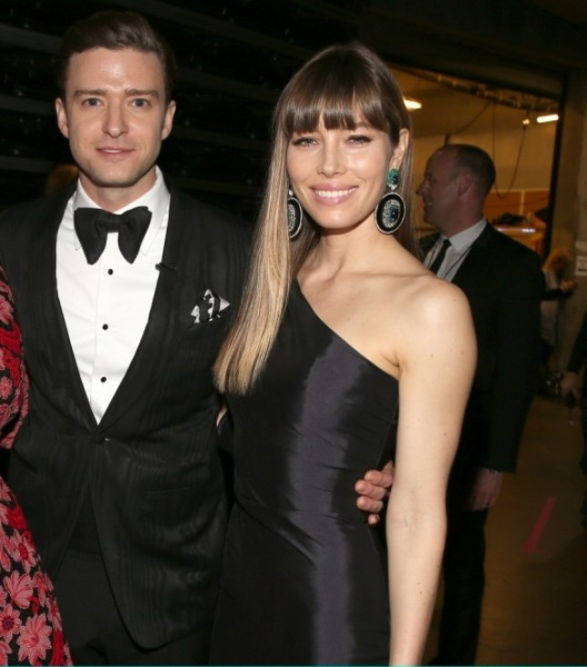 LOS ANGELES, CA - FEBRUARY 10: (L-R) Singer Adele, singer Justin Timberlake and actress Jessica Biel appear onstage during the 55th Annual GRAMMY Awards at STAPLES Center on February 10, 2013 in Los Angeles, California. (Photo by Christopher Polk/Getty Images for NARAS)