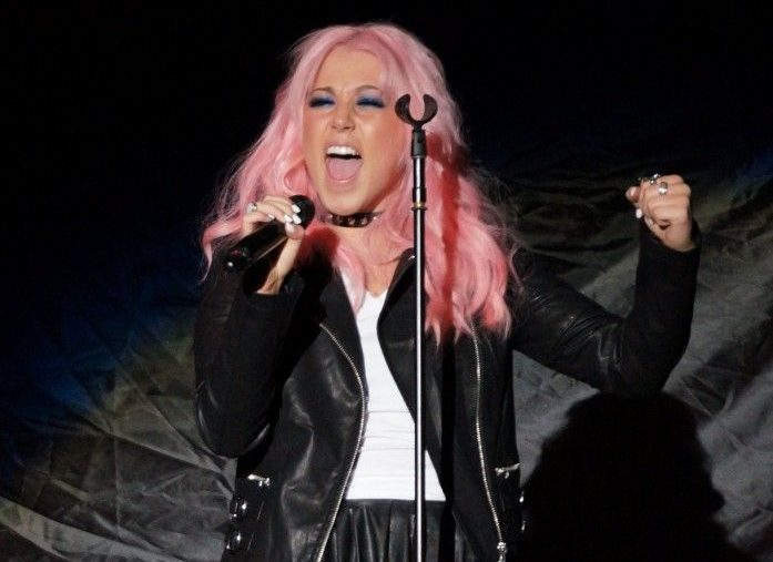 Amelia Lily's debut album Be A Fighter is delayed until May