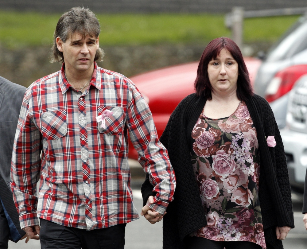 Mother of April Jones breaks down and flees court as jurors hear harrowing 999 call