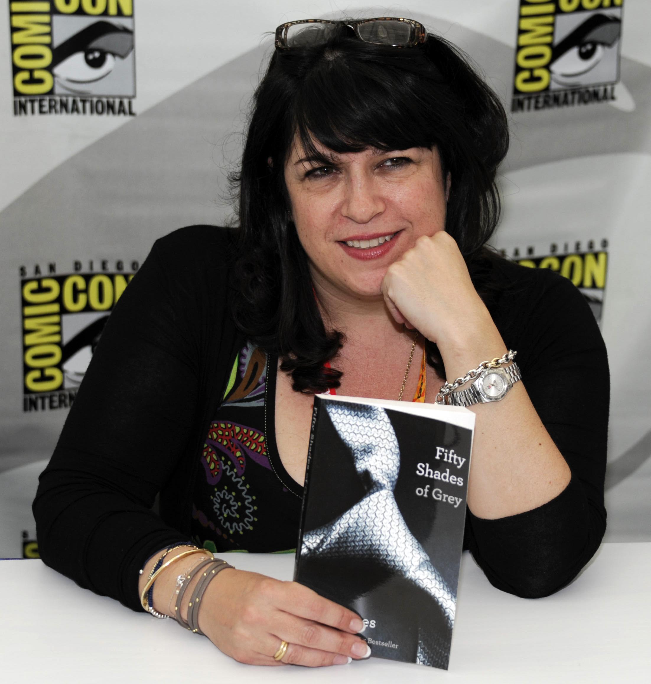 Fifty Shades of Grey author El James to write 'less raunchy' novel under nom de plume