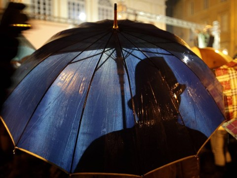 Umbrella mistaken for AK-47 assault rifle sparks police manhunt