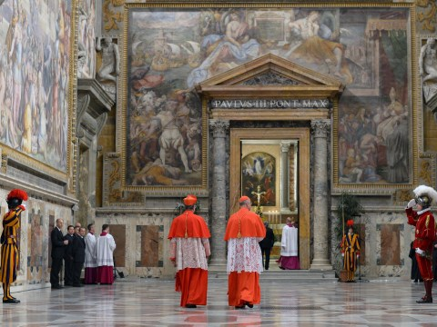 Gallery: Cardinals fail to elect pope on day 1 of Vatican voting