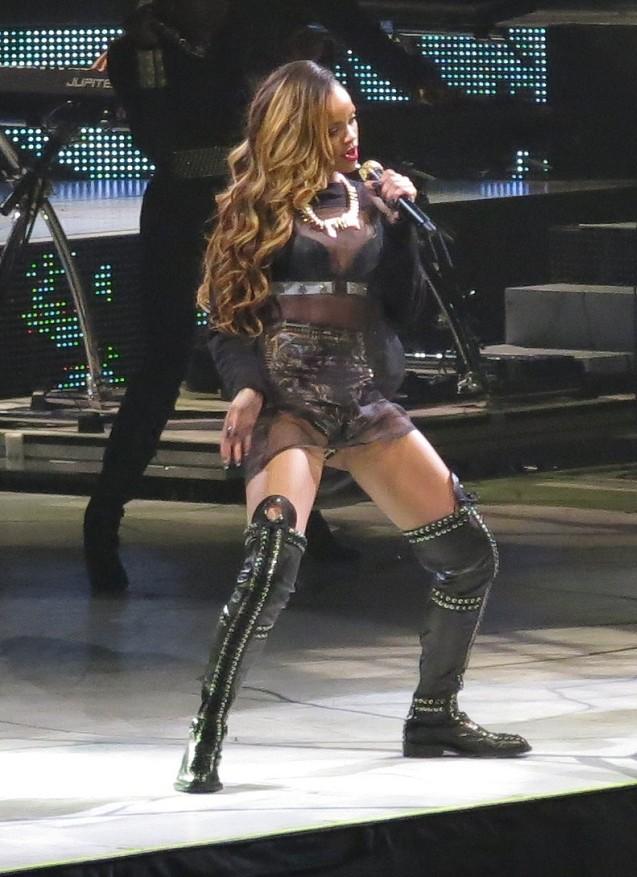 Rihanna launches Diamonds World Tour in Buffalo, NY