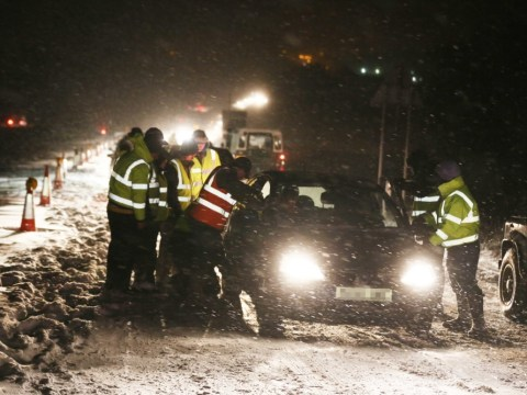 UK snow: Drivers abandon their cars during ten-hour queues as blizzards halt traffic