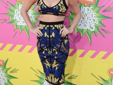 Cheeky Katy Perry 'tells a shocked Kristen Stewart she's got her eyes set on bagging Robert Pattinson'