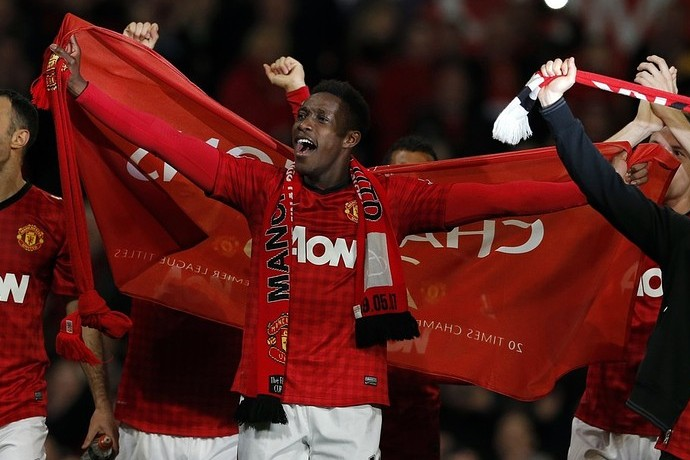 Danny Welbeck serenades Manchester United team-mates at club's title celebrations