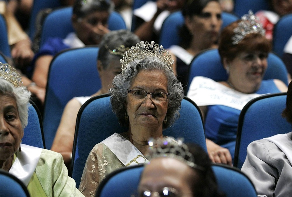 Mexico's Queen of the Elderly beauty pageant is national hit