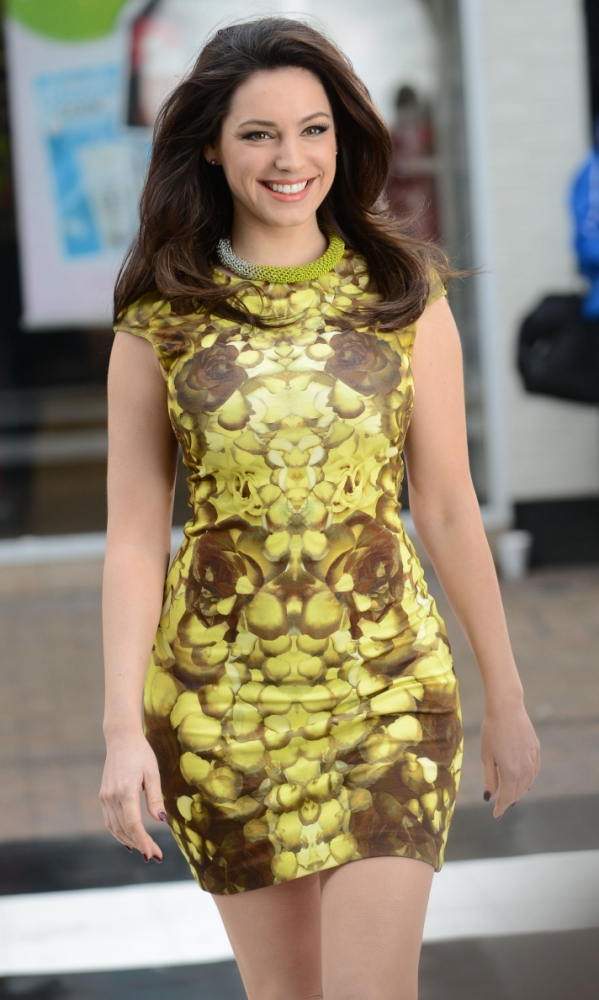 Kelly Brook still defending Katie Price heifer jibes: 'I'm quite strong and toned underneath'