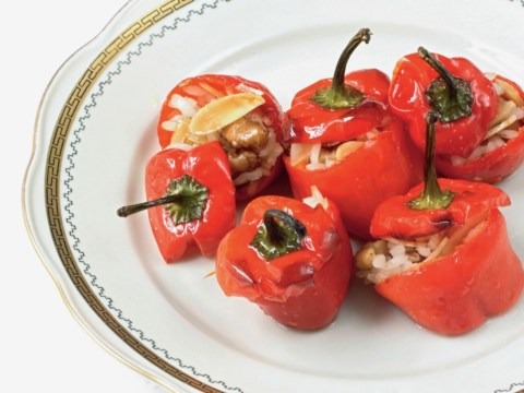 How to cook Alexis Gauthier's red pepper with anchovies, almond, thyme and rice
