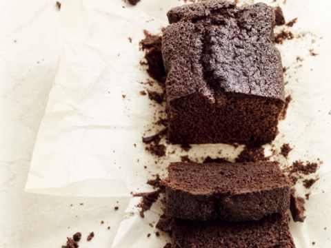 How to cook chocolate and beer loaf cake