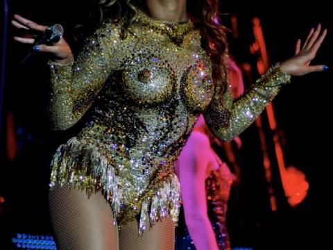 Beyoncé Knowles flaunts her 'nipples' as The Mrs Carter Show World Tour kicks off