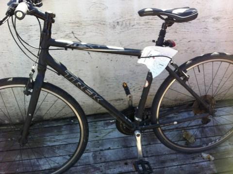Drunken thief returns stolen bike with free Domino's voucher attached