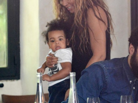 Misguided woman campaigns against Blue Ivy's 'matted' hair, gets 3,600 signatures from mean people