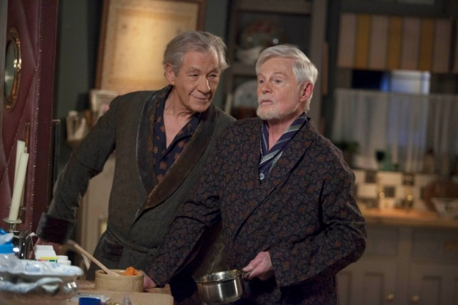 A BROWN EYED BOY PRODUCTION FOR  ITV VICIOUS SERIES 1 EPISODE 1 Starring: IAN McKELLEN as Freddie and DEREK JACOBI as Stuart. All images are Copyright ITV/BROWN EYED BOY and may only be used in relation to Vicious. For more info please contact Pat Smith at patrick.smith@itv.com or 02071573044