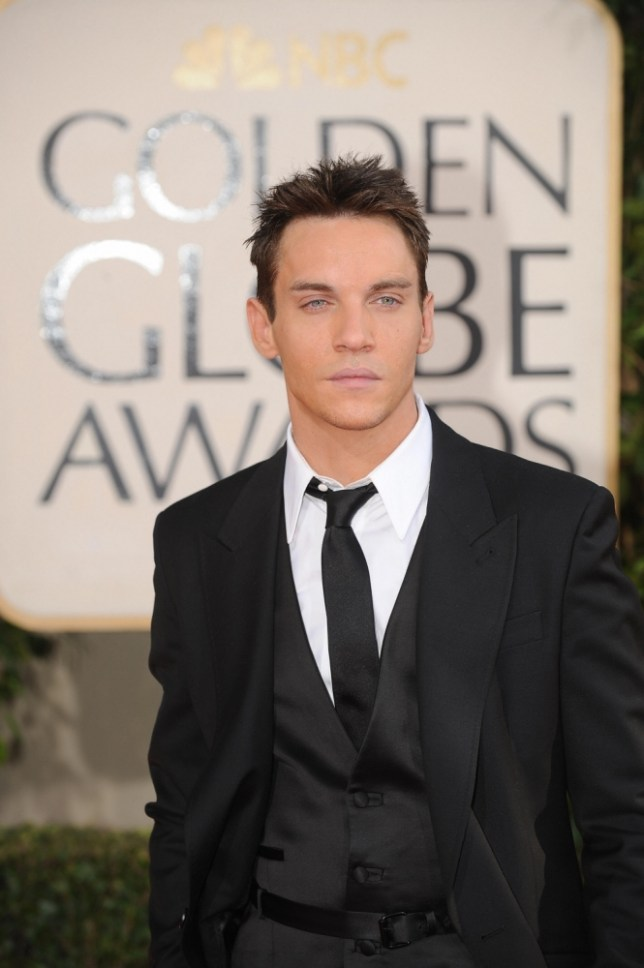 Actor Jonathan Rhys Meyers arrives at the 66th Annual Golden Globe Awards held at the Beverly Hilton Hotel on January 11, 2009 in Beverly Hills, California.AFP PHOTO/ROBYN BECK (Photo credit should read ROBYN BECK/AFP/Getty Images)