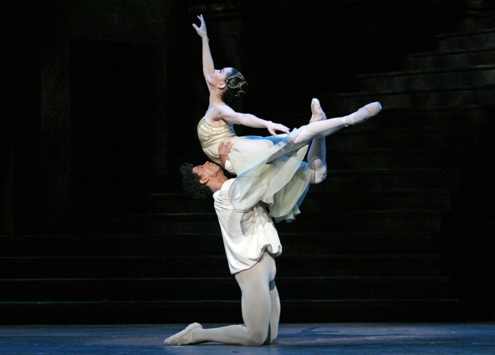 Tamara Rojo and Carlos Acosta in the Royal Ballet's Romeo And Juliet, 2006 (Picture: Dee Conway)