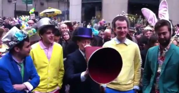 Steve Buscemi makes surprise duet with Vampire Weekend in a top hat
