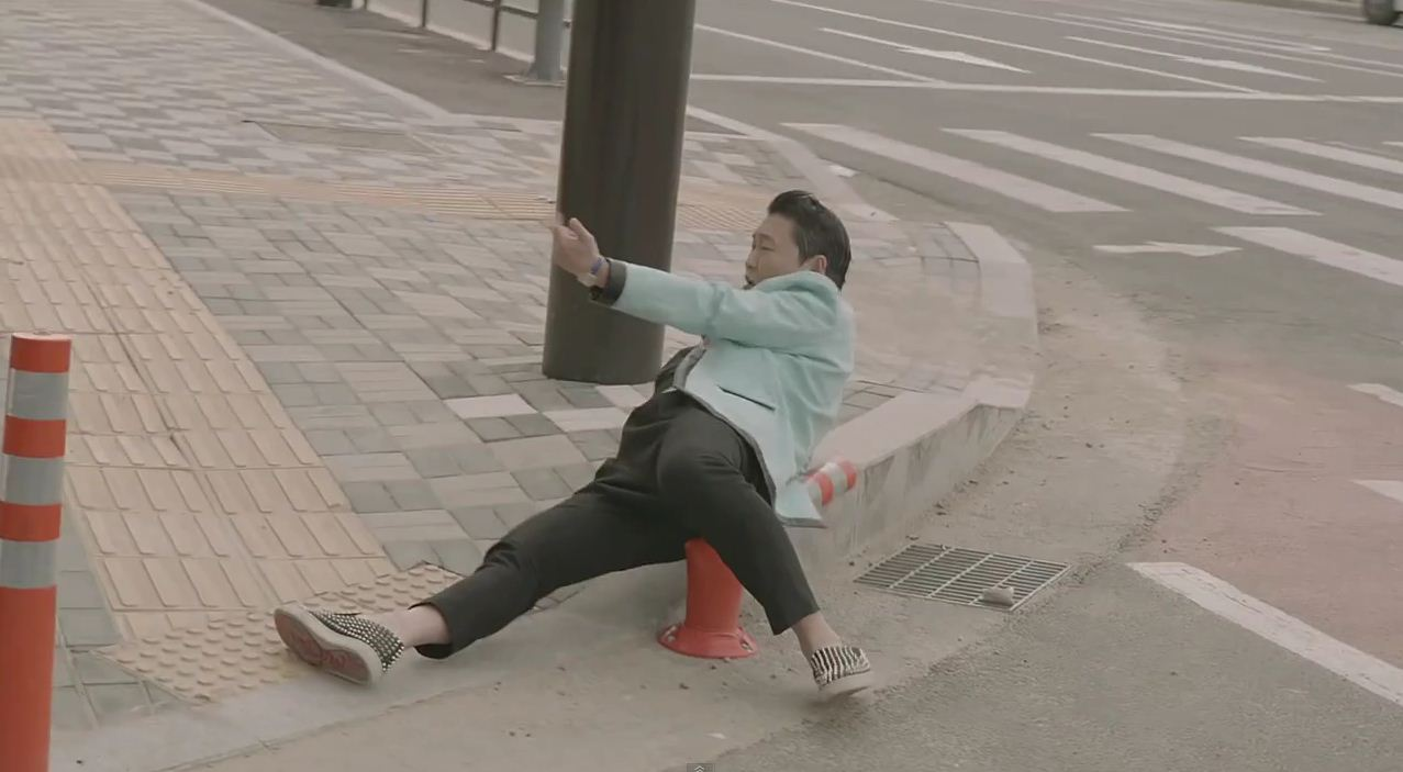 Psy's Gentleman video banned for abusing public property
