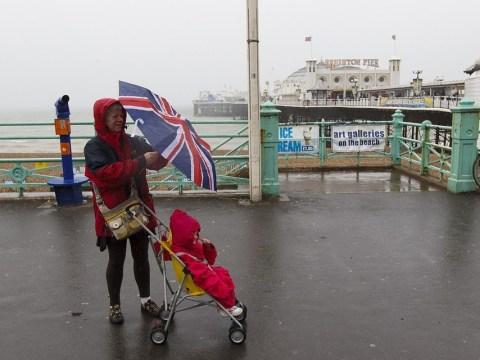 2million set to escape the UK during bank holiday exodus