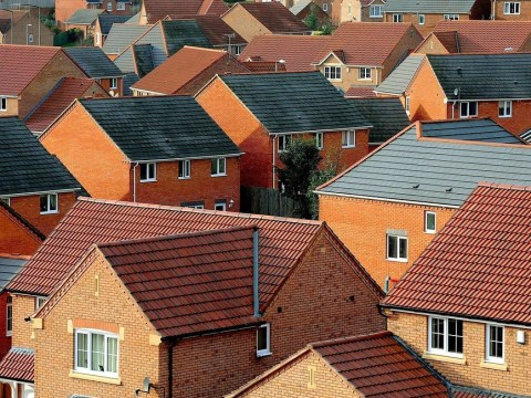 First-time buyer generation opts to 'mortgage squat'