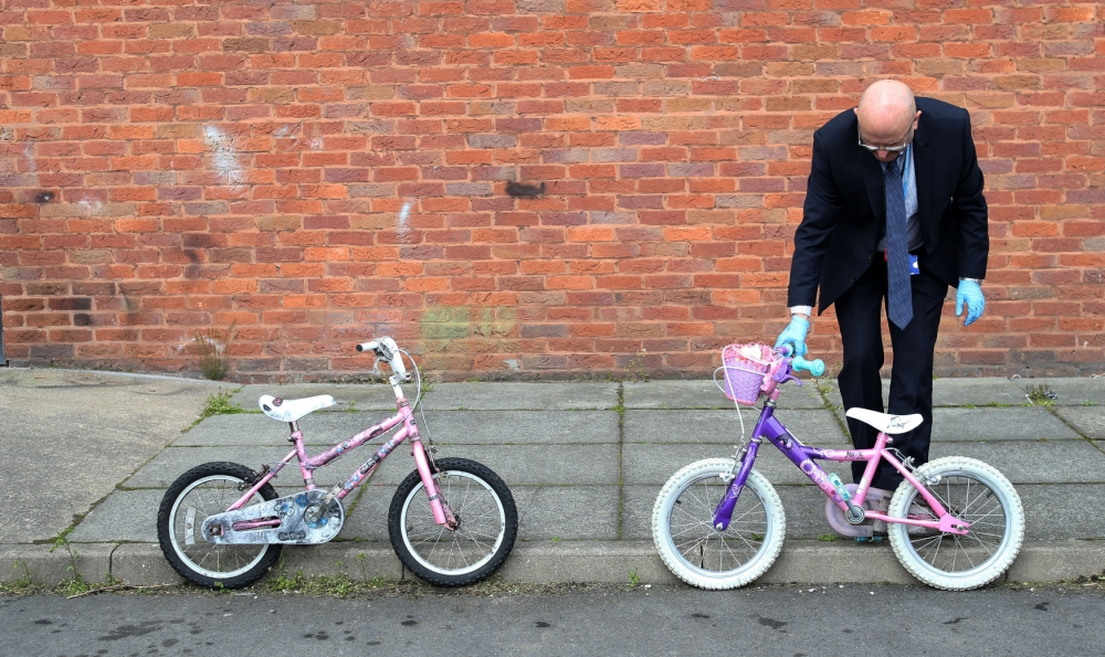 April Jones murder trial jury sees her bicycle and Land Rover used in alleged abduction by 'killer' Mark Bridger