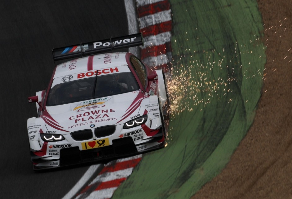 Andy Priaulx sees Brands Hatch hopes hit by clumsy challenge