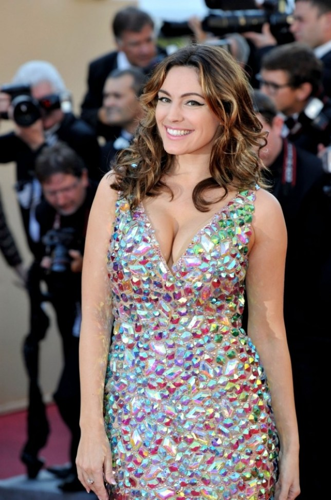 Kelly Brook attends the 'Killing Them Softly' Premiere during 65th Annual Cannes Film Festival at Palais des Festivals on May 22, 2012 in Cannes, France.  (Photo by Gareth Cattermole/Getty Images)