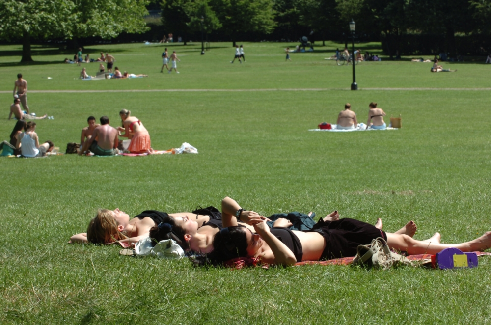 Hot summers 'could turn London into isle of death'