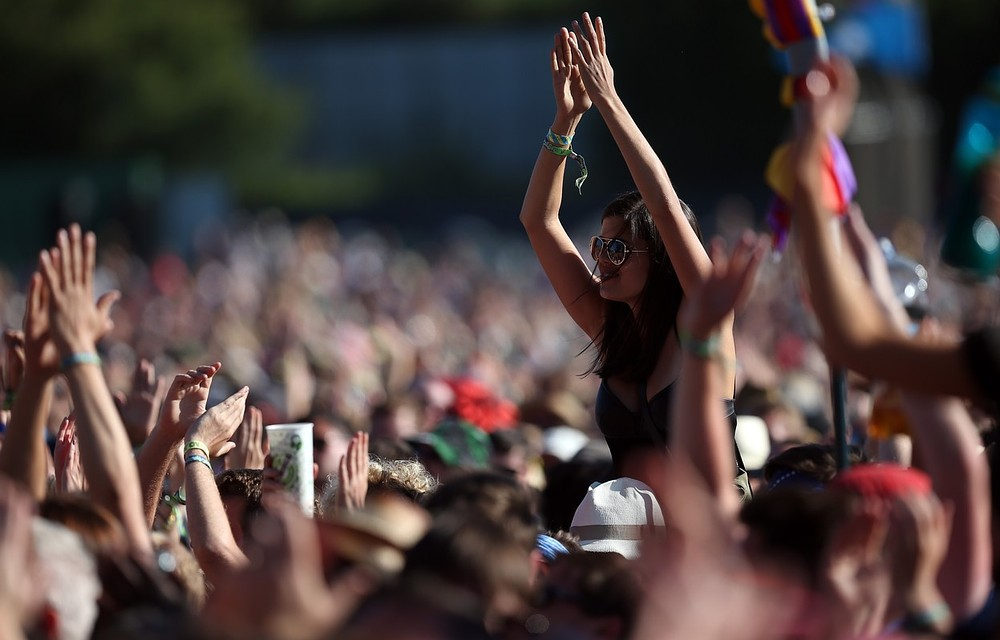 Frustration as Glastonbury 2014 ticket sale suffers technical problems
