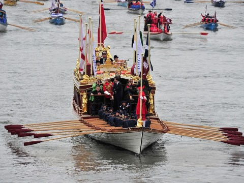 Queen's Diamond Jubilee barge damaged after crashing into bridge