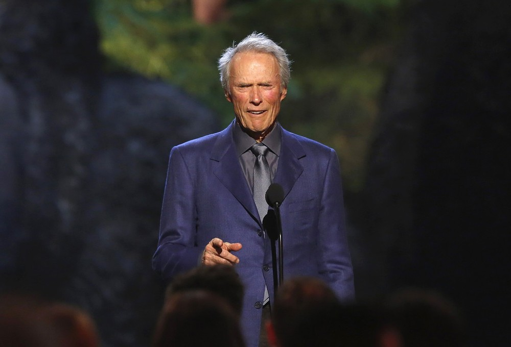 Clint Eastwood joins Tiger Woods and Arnold Palmer to tackle problems of slow play