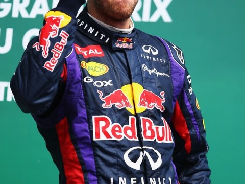 Sebastian Vettel extends Red Bull stay until end of 2015 with new contract