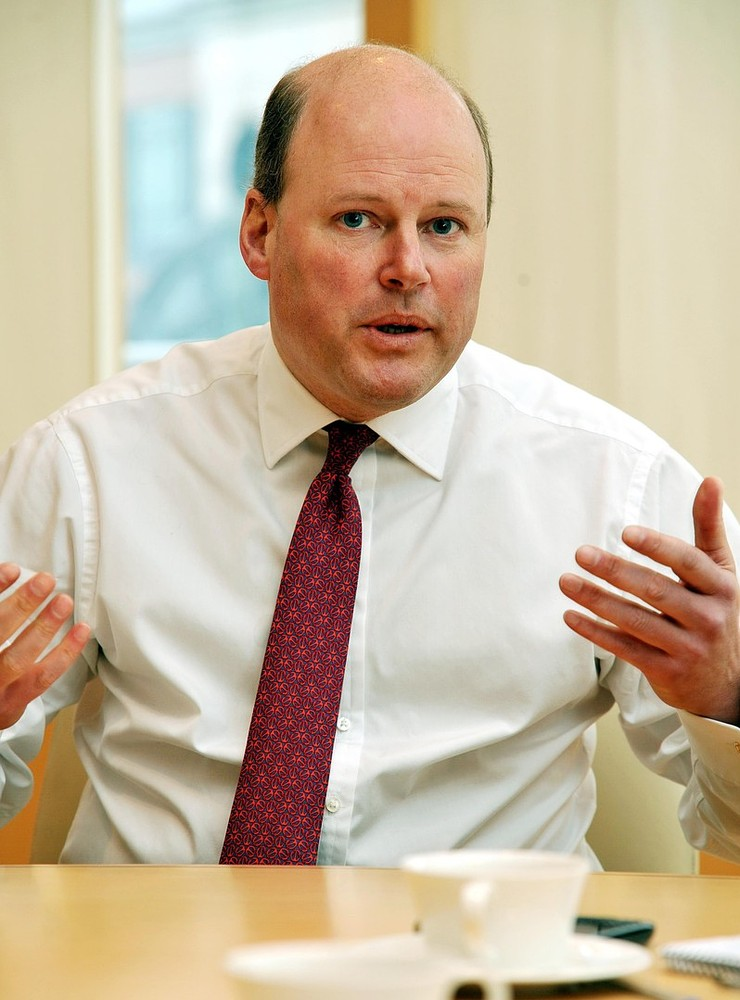 Stephen Hester, boss who 'saved RBS', quits