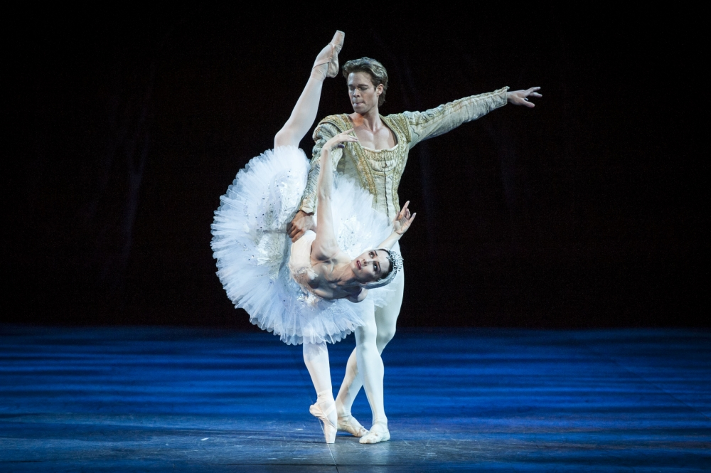 Tamara Rojo and Matthew Golding perform Swan Lake at The Royal Albert Hall (Picture: David Jensen)