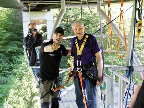 World War II veteran becomes oldest bungee jumper in Europe