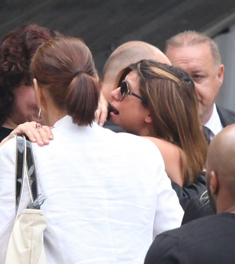 Sopranos stars mourn James Gandolfini at New York funeral