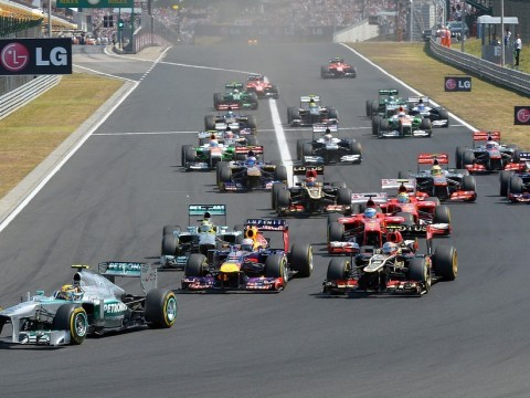 Hungarian Grand Prix: Lewis Hamilton starts well as Nico Rosberg struggles on first lap
