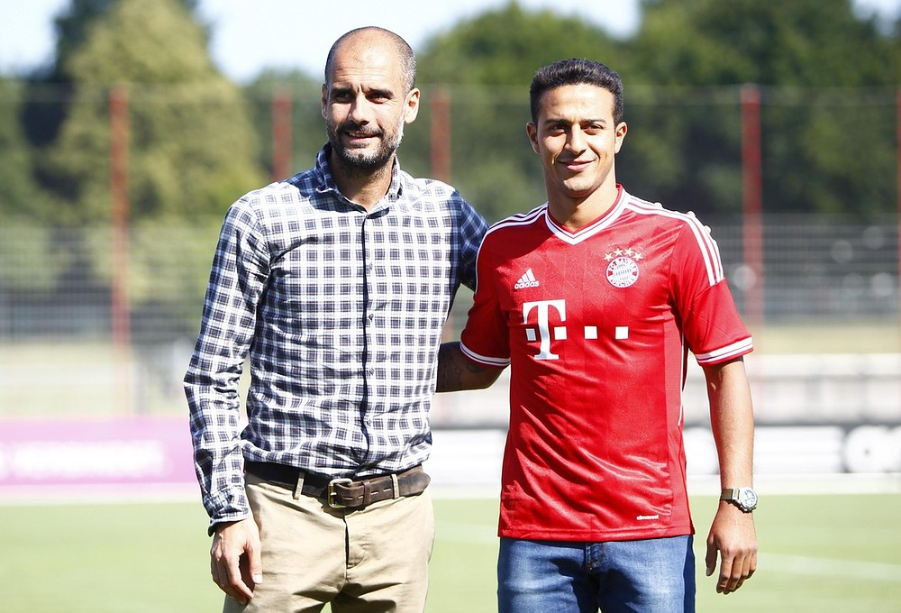 Guardiola seems to be not slappy with Bayern new boy Thiago in German Super Cup