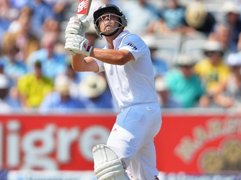 The Ashes 2013: Australia dismiss Jonathan Trott as batsman reaches 50