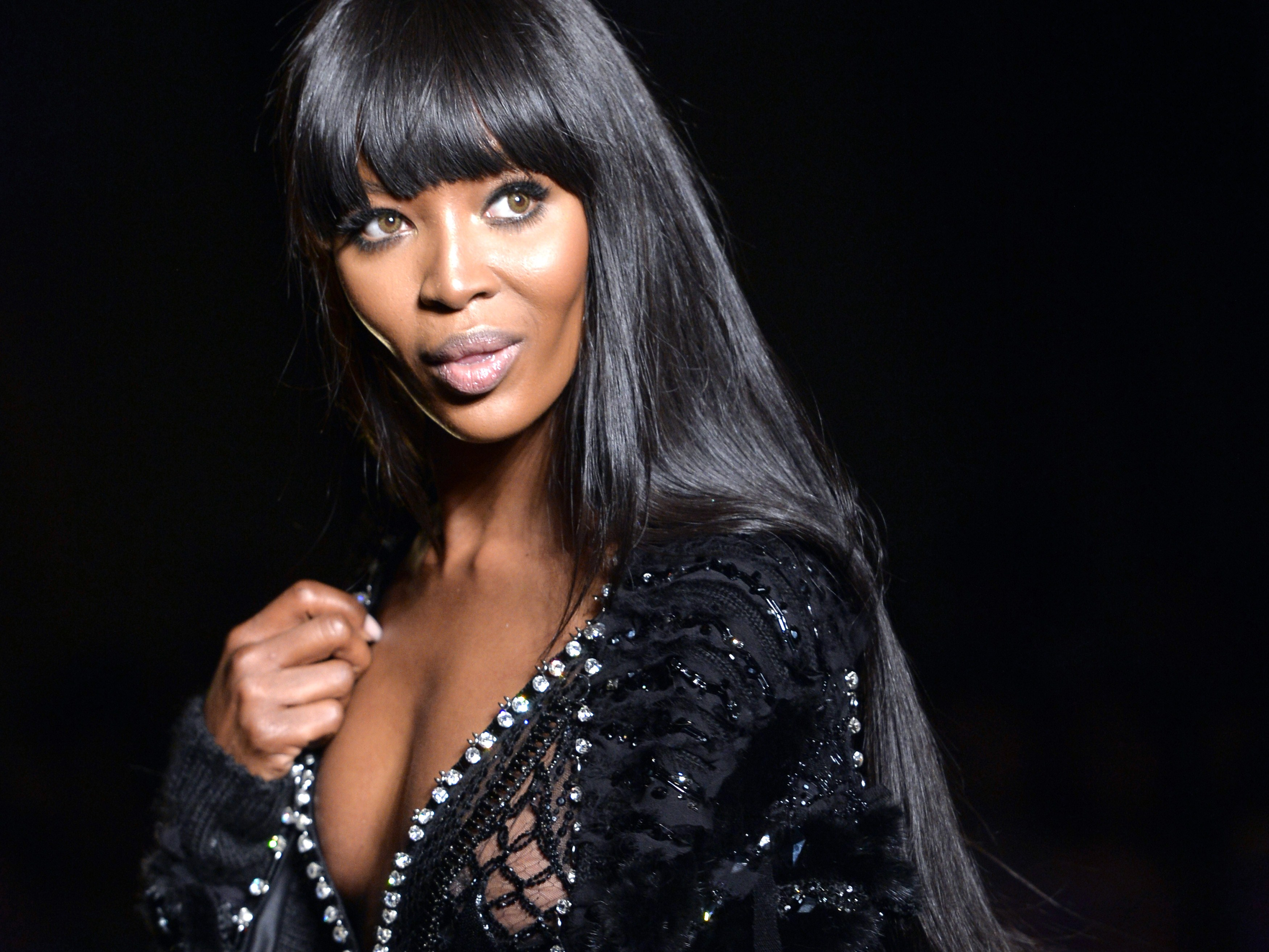 Gallery: Naomi Campbell models Versace Haute Couture in Paris