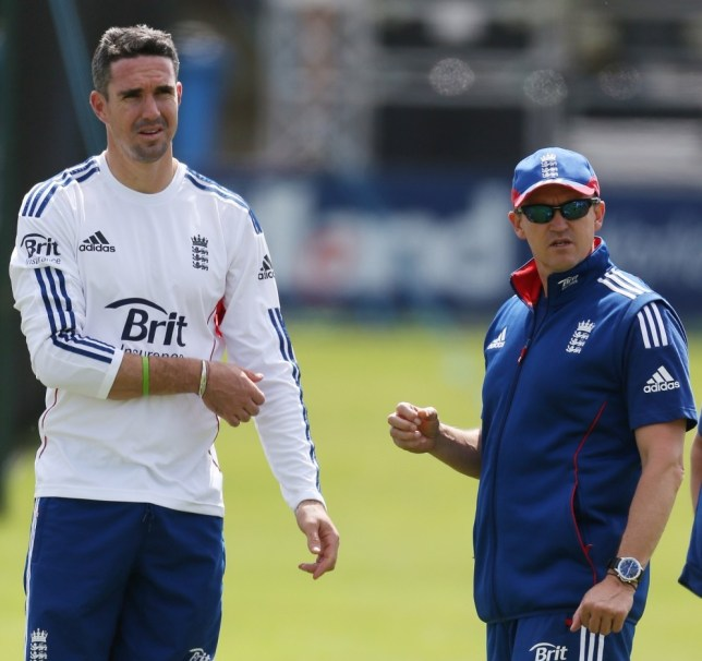 Cricket - England Nets - The Ford County Ground, Chelmsford, Essex - 29/6/13  England team director Andy Flower (R) speaks with Kevin Pietersen during nets  Mandatory Credit: Action Images / Paul Childs  Livepic