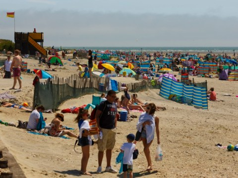 Coming to a weekend near you – summer: UK set to bask in hottest temperatures of the year