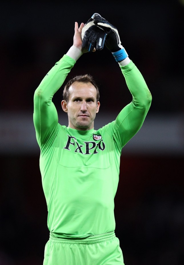 File photo dated 26/11/2011 of Fulham's Mark Schwarzer . PRESS ASSOCIATION Photo. Issue date: Monday July 1, 2013. Fulham have confirmed that Australian goalkeeper Mark Schwarzer is leaving the club. See PA story SOCCER Fulham. Photo credit should read: Matthew Impey/PA Wire
