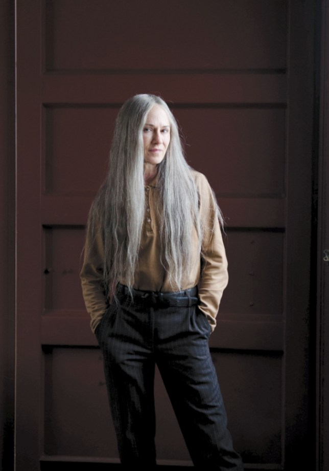 Holly Hunter dons flowing grey tresses in Top Of The Lake (Picture: Parisa Taghizadeh)