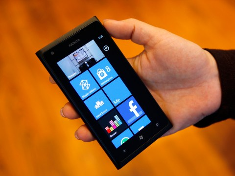 Nokia quarter sales fall but the new Lumia 520 lights up China and India