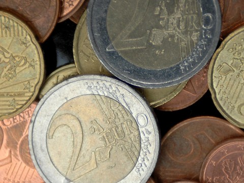 British holidaymakers sitting on a £2.3billion fortune in foreign change
