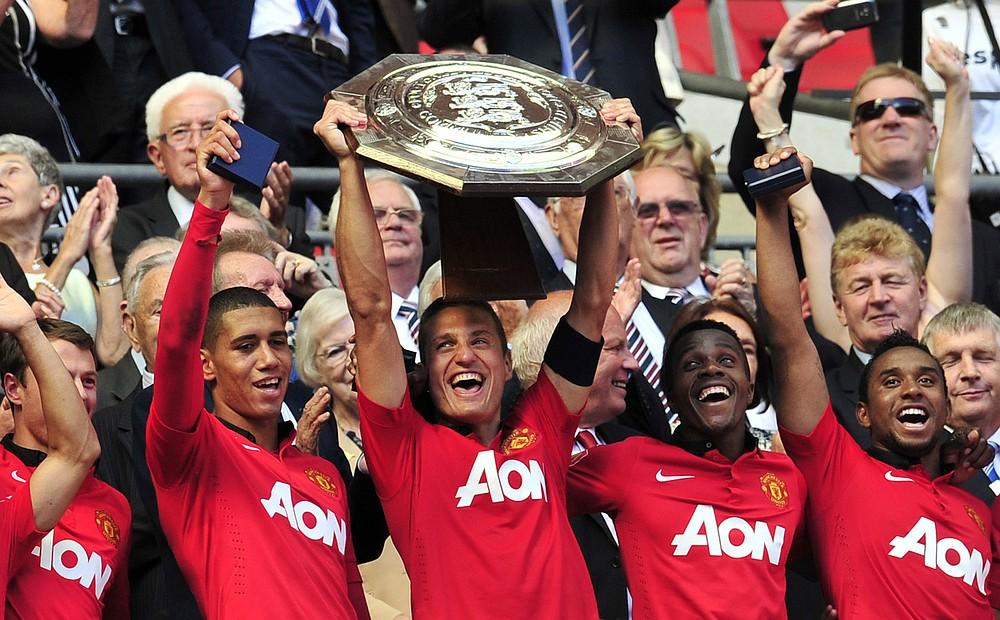 Nemanja Vidic tells Wayne Rooney: There's no point quitting Manchester United