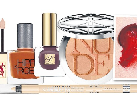 Beauty trend: Nude make-up with accents of bruise and blood
